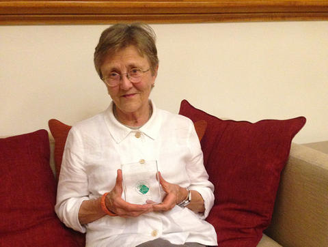 Helen Garner holding Indie Book Award for Non-Fiction title of the year, 2017